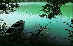 Lac du Val, Doucier, Jura, Franche-Comt, France (claude lina) Tags: france nature eau lac vert jade jura paysage franchecomt barque lacduval
