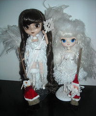 DSCN82131_Pullip_Ala_Dal_Milch_ (applecandy spica) Tags: christmas light brown white black natal angel dark weihnachten navidad snowman holidays doll bright seasonal stock decoration feathers dal ala santaclaus pullip nol natale broom milch 2013