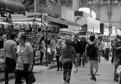 Mercado Municipal de So Paulo (ronalyconstantino) Tags: brazil white black frutas branco brasil pessoas capital preto e paulo so