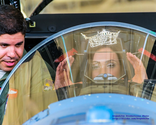 Miss Oregon Alexis Mather & Major Shemy Discussing F-15C HUD