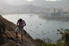 Morro do Pão de Açúcar, Rio de Janeiro. (Elias Rovielo) Tags: praiavermelha redbeach escalador alpinista rockclimber riodejaneiro rj rio carioca brasil brazil baíadeguanabara bayguanabara pãodeaçúcar bondinho urca cume morrodaurca bondinhodopãodeaçúcar teleférico bondes sugarloafcablecar cableway sugarloafmountain bondinhodelpandeazúcar téléphériquedupaindesucre seilbahnaufdenzuckerhut cablecar 糖麵包山纜車 américadosul southamerica