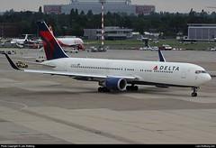 Delta Air Lines, N1607B, Boeing 767-332, cn 30388/787 (Lars-Rollberg.com) Tags: boeing767332 deltaairlines n1607b cn30388787