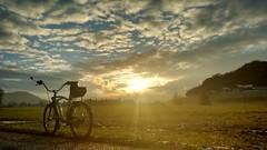 sunset (twinni) Tags: mw1504 07112016 bike biketour salzburg austria österreich beachcruiser winter schnee spiegel rückspiegel bm cyclestar
