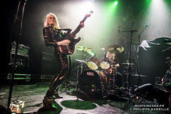 Girlschool @ Le Trianon, Paris | 14/11/2016 (Philippe Bareille) Tags: jackiechambers guitarist guitarplayer denisedufort drummer girlschool hardrock classicmetal heavymetal paris france letrianon 2016 music live livemusic show concert gig stage band rock rockband metal canon eos 6d canoneos6d musicwavesfr english
