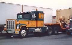 "IH 4300 ""IT"" #1326 (PAcarhauler) Tags: ih international semi truck tractor trailer"