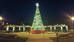 Merry Christmas Eve (J.L. Ramsaur Photography) Tags: jlrphotography lgg4 lg g4 photography photo cookevilletn middletennessee putnamcounty tennessee 2016 engineerswithcameras cumberlandplateau photographyforgod thesouth southernphotography screamofthephotographer ibeauty jlramsaurphotography photograph pic cookevegas cookeville tennesseephotographer cookevilletennessee dogwoodpark christmastree christmaslights christmas nighttime nightphotography afterdark atnight
