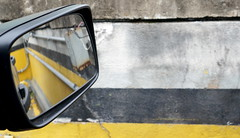PASTISPAST (fabio lf petry) Tags: brazil car yellow mirror waiting bokeh portoalegre rearview riograndedosul freelander