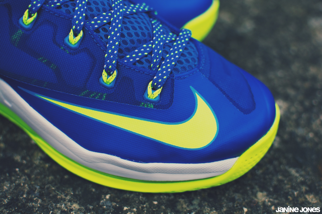 meet f28c3 77154 nike lebron xi low  quot sprite quot  (viewsfromthe519) Tags  max  basketball james