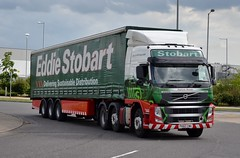 Stobart H4624 PX60 CWA Stephanie Michelle at Goole 11/6/14 (CraigPatrick24) Tags: road truck volvo cab transport group michelle tesco lorry stephanie delivery vehicle eddie trailer fm logistics goole stobart eddiestobart stephaniemichelle curtainsider volvofm stobartgroup px60cwa h4624 stobartcurtainsider