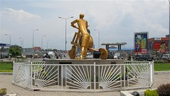 """Roundabout Bralima Goma • <a style=""""font-size:0.8em;"""" href=""""http://www.flickr.com/photos/62781643@N08/14846862161/"""" target=""""_blank"""">View on Flickr</a>"""
