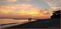 tramonto..... (leon.calmo) Tags: canon tramonto mare toscana livorno marinadicecina eos50d leoncalmo