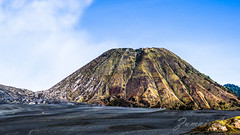 Mount Batok, Bromo Indonesia (iamyie) Tags: mountbatok indonesia bromo
