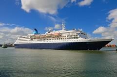 SAGA SAPPHIRE sailing from Dublin (Ugborough Exile) Tags: dublin nikon ships roi 2014 d7000