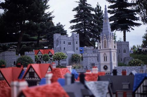 "363DK Legoland • <a style=""font-size:0.8em;"" href=""http://www.flickr.com/photos/69570948@N04/15131461717/"" target=""_blank"">View on Flickr</a>"