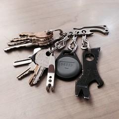 Everyday Carry (Jon:e:widthpon:e) Tags: keys keychain edc shard gerber pickpocket