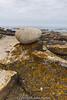 Piedra sobre roca (kike.matas) Tags: costa nature canon sigma paisaje rocas atlantico piedra canoneos50d kikematas lightroom4 sigma1020f35exdchsm praiadeáncora