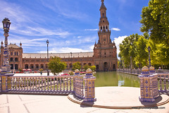 Seville-Plaza de Espana (doveoggi) Tags: plaza city tower water canal spain seville 6270