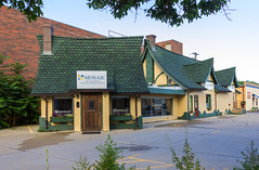Old Gas Station with Large Addition (Eridony) Tags: kearney buffalocounty nebraska downtown gasstation servicestation
