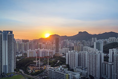 Sunset ([~Bryan~]) Tags: sunset lionrock mountain cityscape city urbanlandscape density crowd urban kowloon hongkong magichour building housing