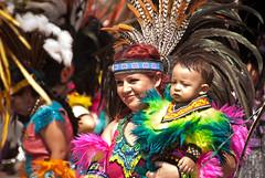 Danzantes 2009 (Rafael Dorantes) Tags: danzantes zapopan mexico tradicin azteca danza 13deoctubre diadeldanzante virgendezapopan rafaeldorantes jalisco danzaazteca indigena aztec guadalajara