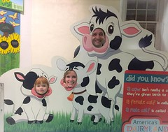 I was tagged on FB! At the dairy farm section of the zoo -Autosaved (kisluvkis) Tags: fb facebook tagged julie ifttt