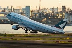 Taking-off from Tokyo Haneda (mon_masa) Tags: airplane aircraft airline airliner boeing b747 b747400 cathaypacific takeoff tokyo hnd rjtt airport