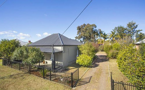 27 Mt.View Road, Cessnock NSW 2325