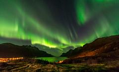 October sky in Troms (John A.Hemmingsen) Tags: aurora tromso northernlights auroraborealis