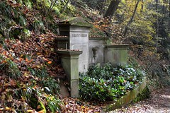 Heidelberg - Bergfriedhof 45 (fotomänni) Tags: friedhofsfotografie friedhofsimpressionen friedhof bergfriedhof bergfriedhofheidelberg cemetery cemeterypictures cemeteryimpressions cimetiere manfredweis
