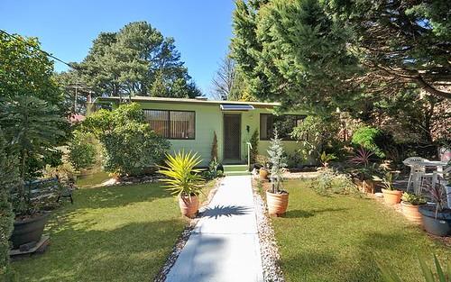 9 Acacia Ave, Leura NSW 2780