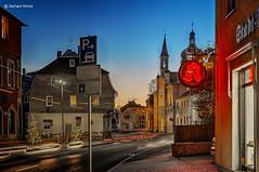 Adventabend in Gefell (GerWi) Tags: gefell advent abend nachtaufnahme night innenstadt outdoor architektur gebäude landstrase