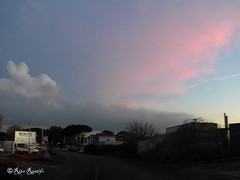 Roma. On the road (R come Rit@) Tags: italia italy roma rome ritarestifo photography streetphotography ontheroad road street view views veduta vedute landscape landscapes paesaggio countryside campagna tramonto tramonti sunset sunsets cielo sky