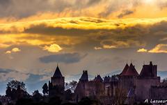 Orage ou pas ? (Shoot Enraw) Tags: 70030000mmf4056 carcassonne picducanigou aude nuages pyrénées citémédiévale neige