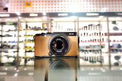 My Fujifilm X-A1 posing for the camera (christophlr) Tags: f14 cctv fujifilm 25mm xa1 akiasahi