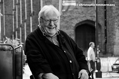 Sir Alan Parker (asa perchman) Tags: pink brussels wall angel mississippi heart belgium fame bruxelles burning ashes midnight express floyd evita angelas birdy bugsy flagey malone placestcroix brusselsfilmfestival christophetimmermans asaperchman