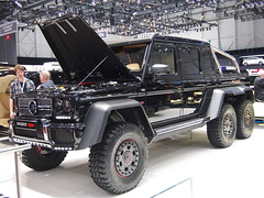 The sickest G63 there is, The 6X6 G63 with 700 bhp tuned by brabus!