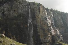 Wasserfall - Waterfall des Staubbach ( Bergbach - Bac - Creek ) zwischen O.eschinensee und K.andersteg im Berner Oberland im Kanton Bern in der Schweiz (chrchr_75) Tags: schweiz switzerland waterfall suisse wasserfall swiss slap juli christoph svizzera cascade cascada  2014  waterval suissa  vattenfall vodopd chrigu wodospad vandfald 1407 kantonbern chrchr hurni chrchr75 chriguhurni chriguhurnibluemailch albumwasserfllewaterfallsderschweiz juli2014 albumwasserflleimkantonbern