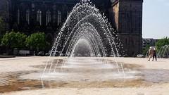 Wasserspiele (tor-falke) Tags: city germany deutschland dom sony magdeburg elbe fotogruppe sachsenanhalt alpha200 fotogruppemagdeburg torfalke flickrtorfalke