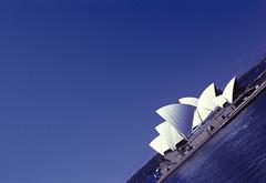 Sydney - atana studio (Anthony SÉJOURNÉ) Tags: bridge studio opera harbour sydney terrasse jardin australia anthony australie atana séjourné