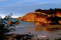 Atardecer en La Palombina (Popply) Tags: sunset beach atardecer asturias playa llanes celorio lapalombina