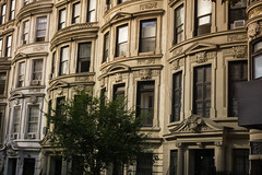 West 85th Street, Upper West Side, Manhattan (Jeffrey) Tags: nyc newyorkcity autumn summer newyork fall architecture buildings manhattan townhouse september uptown uws rowhouse townhouses rowhouses 2014 west85thstreet w85thst west85thst