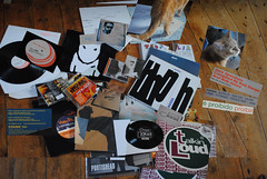 Musicophile (JC/AB) Tags: city blue cidade music dog man david records out de photography jones bath russell god ultimate alice portishead vinyl jazz 7 style rob size note southern trouble thoughts ii level soul da scream toni cds form sixth rex loud zero fa