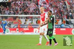 "DFL BL15 1. FC Köln vs. Borussia Moenchengladbach 21.09.2014 042.jpg • <a style=""font-size:0.8em;"" href=""http://www.flickr.com/photos/64442770@N03/15310785771/"" target=""_blank"">View on Flickr</a>"