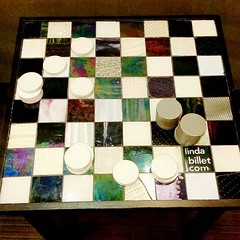 How unique and elegant is this oversized table-top checkerboard?! I spotted this in Milton S. Hershey Medical Center's Surgical Waiting room. #checkerboard #LindaBillet #PennStateHersheyMedicalCenter #HersheyMedicalCenter (Jenn ) Tags: ifttt instagram