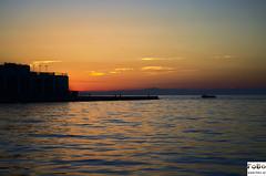 Sonnenuntergang Triest (fobo.at) Tags: harbor italy trieste sunset holidays ferien italien triest sonne sonnenuntergang sonnenstrahlen wrme farben gelb orange blau wasser ozean meer gebude schatten wellen spiegelung hafen am malerisch scenic krftig urlaub relaxen spas