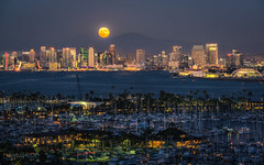 A San Diego Full Moon (Justin in SD) Tags: sandiego downtown city cityscape fullmoon moon bay sandiegobay night dusk architecture pointloma overlook california socal southerncalifornia sony sonyalpha sonya7rii a7r2