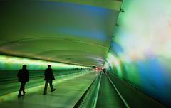 (jtr27) Tags: dsc02210e jtr27 sony alpha nex7 nex emount mirrorless ilc csc rokinon samyang bower walimex f20 f2 ultrawide wideangle detroit airport street candid green tunnel