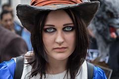 I55A1460-Redigera (michael.nilsson.se) Tags: malmfestivalen malm cosplay carneval sweden street streetphoto portrtt portrait performer performance people glamour costume comic posing masked model