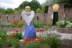 Sunnymeade 2 (PhotosbyDi) Tags: sunnymeade strathbogie victoria opengarden garden outdoors statue mosaic angel nikond600 nikonf355628300mmlens poppy gardenangel