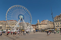 Vieux Port - Marseille (France) (Meteorry) Tags: europe france paca provencealpesctedazur bouchesdurhne marseille vieuxport quaidesbelges quaiduport harbor harbour port wheel granderoue bigwheel opentour people summer t august 2016 meteorry provencealpesctedazur